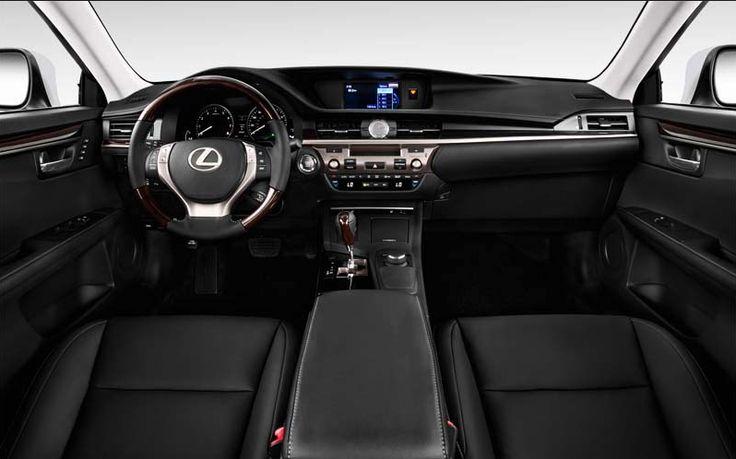 2018 Lexus ES Interior View