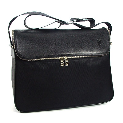 Louis Vuitton men sling bags : Louis Vuitton