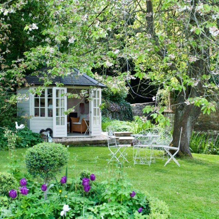 modern english country garden for your backyard 15