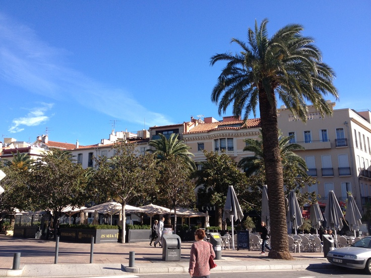 Perpignan place Arago