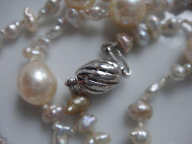 585 Weißgold Perlenkette silberfarbige Biwa Perlen u. goldfarbige Zuchtperlen