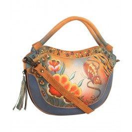 Indeplineste-i un vis sotiei cu un cadou unicat de Sf. Ana, o geanta Aretha din piele naturala, Anuschka pe care o va purta cu mandrie in urmatorii ani.