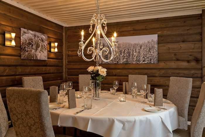 Bergo Hotel dining room