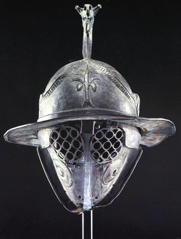 Casco de gladiador de la época de la República Romana (siglo I a.C.)