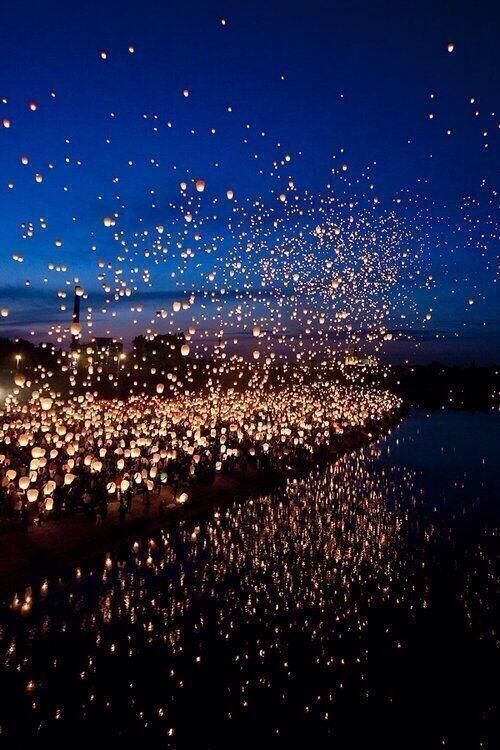 Floating Lantern Festival, Thailand. This would be amazing to experience!!