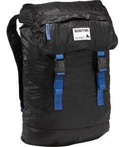The Burton Superfly Pack stashes away small, taking up little space inside your luggage, to give you a simple travel alternative to a bulkier backpack. On location, its rucksack style entry provides easy access to a spacious main compartment. Whether you're running a daytrip from home base, or just making a run to the corner store, its lightweight design doesn't skimp on dependable Burton bag features like comfortable shoulder straps, a top accessory pocket for stashing sunglasses, and a…