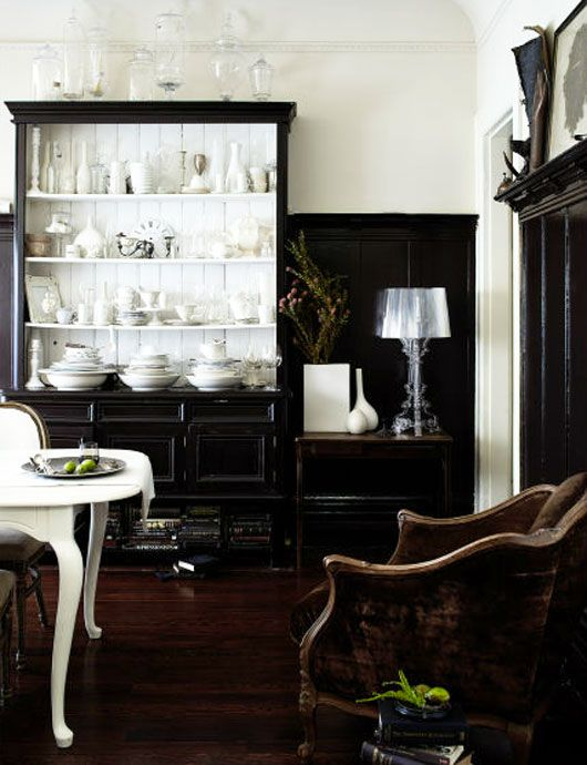 paint a cabinet glossy black?