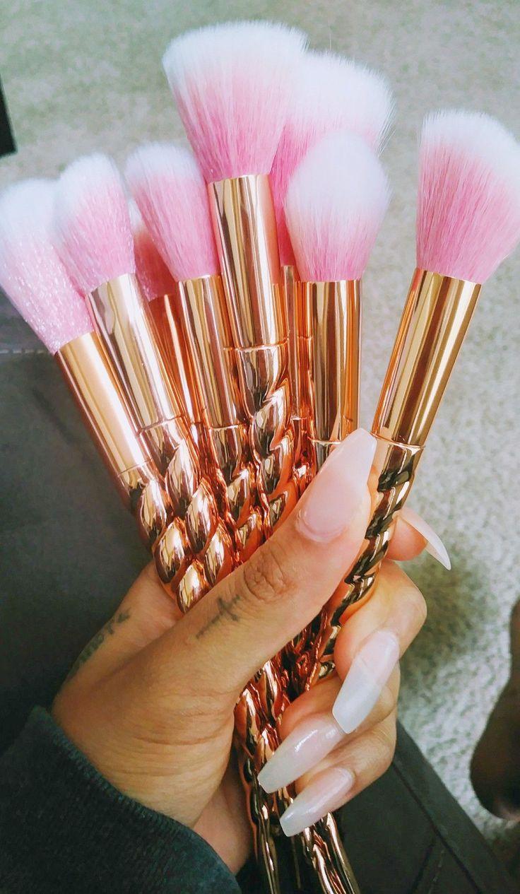Makeup Geek Brushes these Makeup Organizer Extra Large via