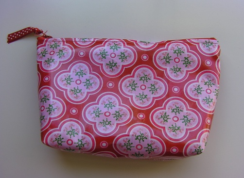 I love this super simple cute bag!