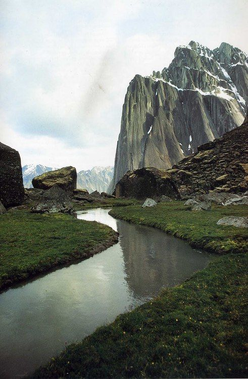 Cirque of the Unclimbables, Logan Mountains, Northwest Territory, Canada | photographer Galen Rowell