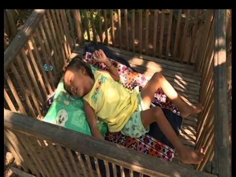 Een gehandicapt kind in ontwikkelingslanden. Hoe gaat de familie er mee om?