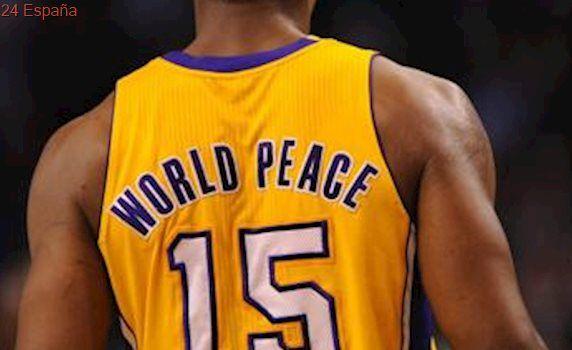 Despedida de Metta World Peace a lo grande