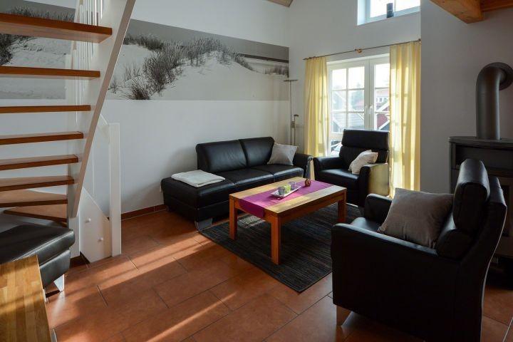 Komfortable Ferienwohnung In Deichnahe Sauna Whirlpool Pirateneck In Greetsiel Nordsee Urlaubmithund Hundeurlau Wohnung Ferienwohnung Unterkunft