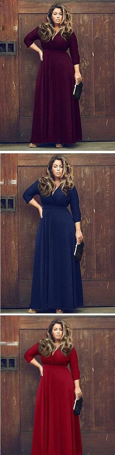 Stunning plus size dress to underline your beautiful curves dress. It comes in black, dark blue, purple and red with 15% OFF only till October 3.