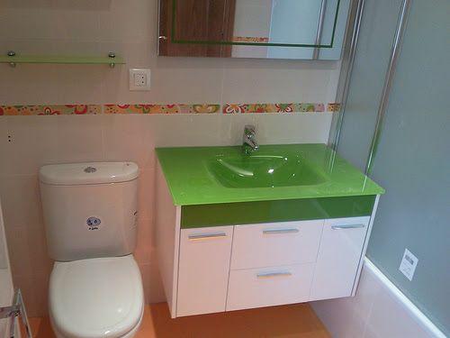 Trabajamos con los mejores materiales tanto en rformas como en decoración del baño.