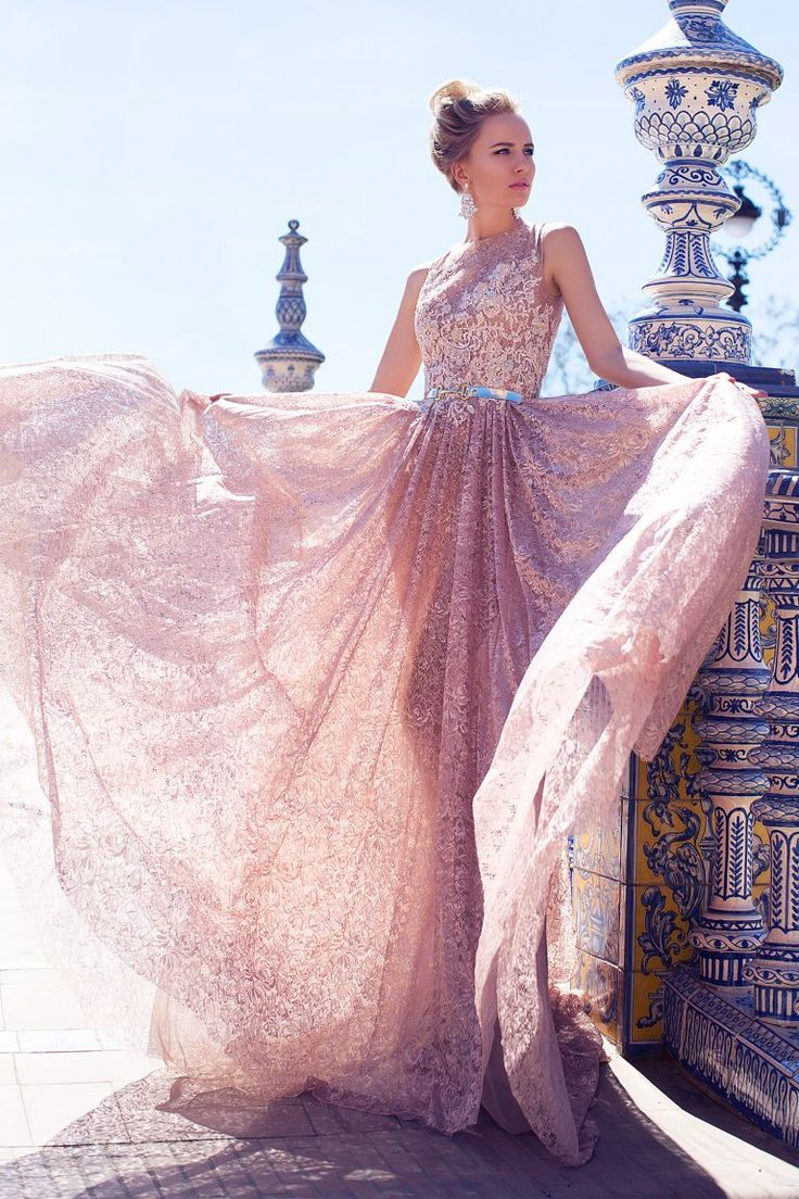 Mejores 175 imágenes de Robes mariées transparentes en Pinterest ...