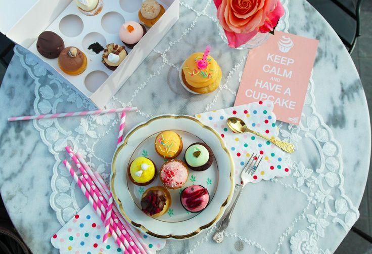 Årets första utomhusfotografering. #cupcakesthlm #cupcake #minicupcakes