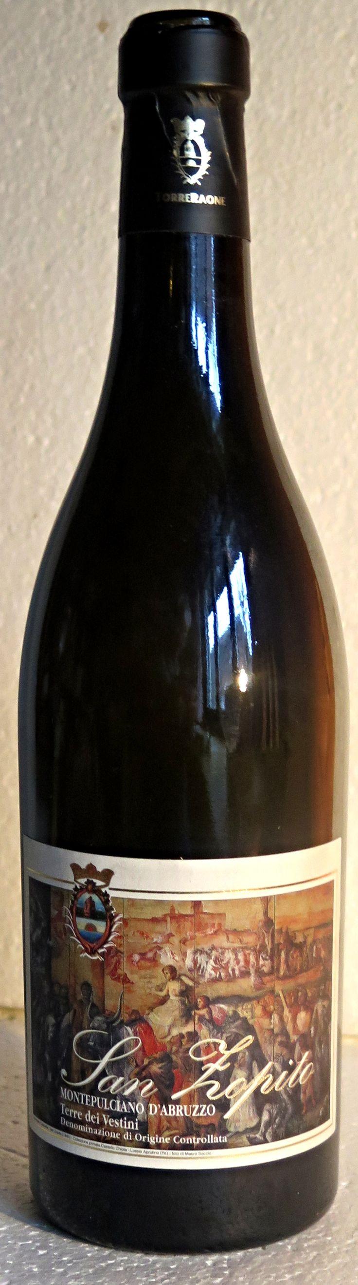 12.November 2015 - Torre Raone: San Zopito 2006, Montepulciano d'Abruzzo, Terre de Vestini, Italien -- Diesen Wein hätte ich dekantieren sollen, am besten eine Stunde vorher. Was ich sonst fast immer mache, habe ich hier unterlassen. Es war halt ein spontaner Entscheid einen Italiener aus dem Keller zu holen, als der Rollbraten längst im Ofen war und die Bratendüfte sanft und immer eindringlicher den Raum, ja das ganze Haus belegten,.