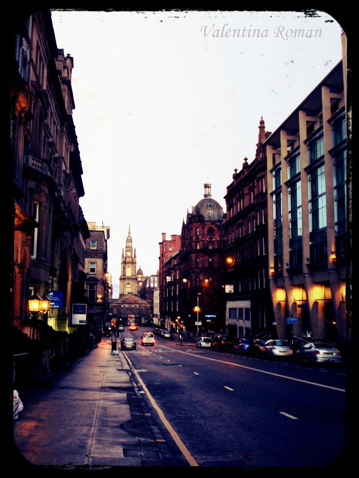Rainy streets of #Glasgow http://travel.prwave.ro/rainy-streets-of-glasgow/