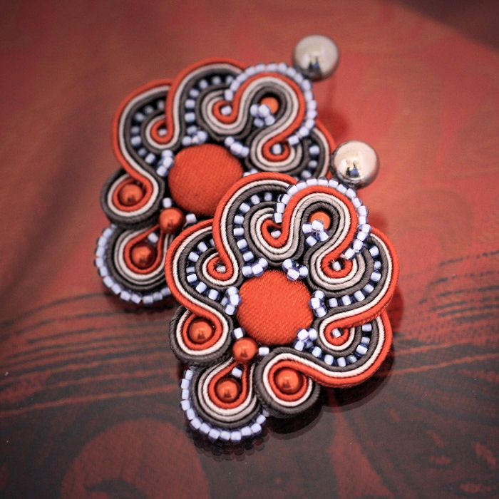 Soutache earrings Claude | author: Zuzana Hampelova Valesova (Lillian Bann) | www.z-art-eshop.cz | http://www.facebook.com/pages/Z-ART/539656212733510