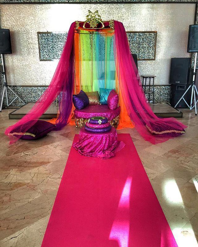 Bugün günlerden rengarenk 💜💚❤️💙 #istanbul #kiralık #abiye #gelinlik #wedding #gelin #damat #düğün #düğünfotoğrafçısı #taht #kırmızı #mor #pembe #pink #jasminkina #organizasyon #kinaorganizasyonu #hintkinasi #özeltasarım #kaftan #bindallı #instagood #instalike