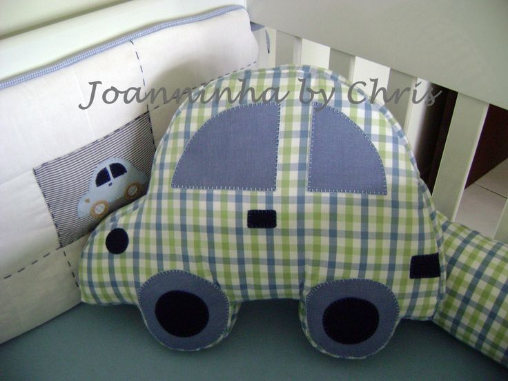 almofada/pillow...would be cute in a little boys room