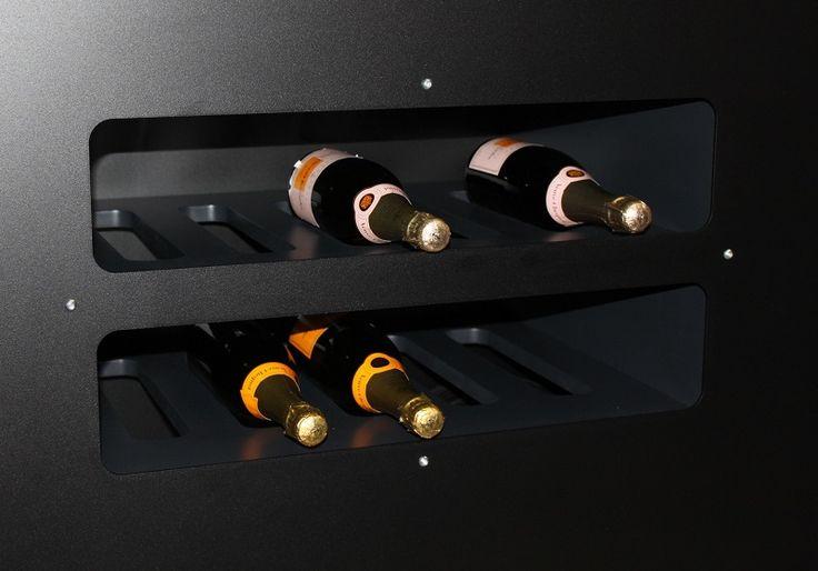 Carrello #porta #bottiglie #vino #Esigo - Total #Black Version _ Esigo's #wine #bottles trolley - Total Black Version