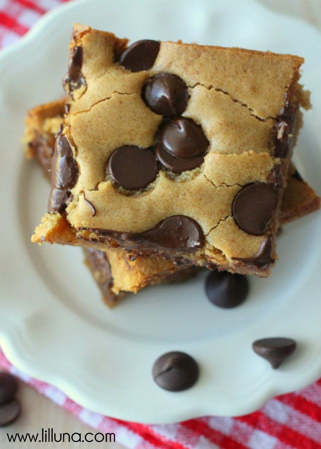 Chocolate Chip Cookie Bars Recipe.
