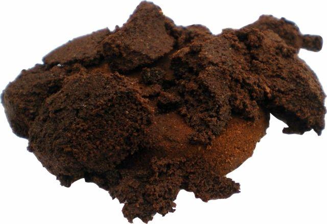 Dünger aus Kaffeesatz enthält viele Nährstoffe