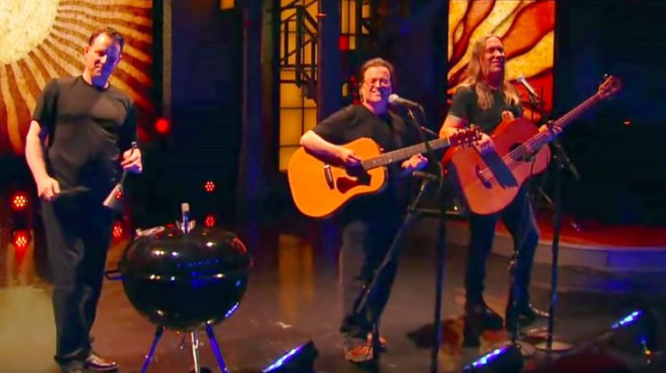 Recently reunited alt-rock band promotes first album in 15 years with 'Late Show' spot