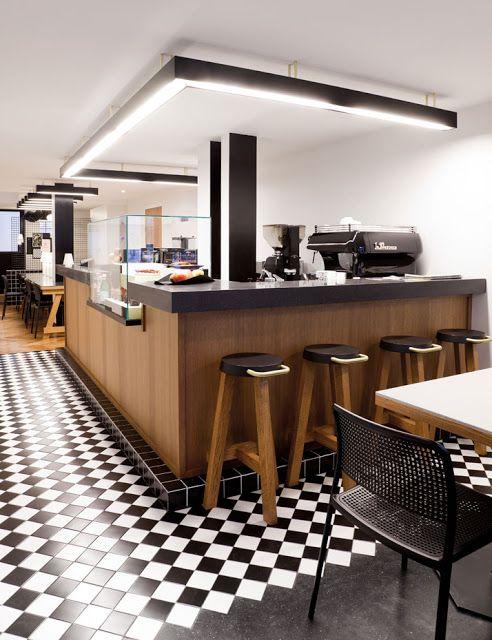 Arquitetura de Iluminação: Iluminação de Cafeteria com um ar de escritório