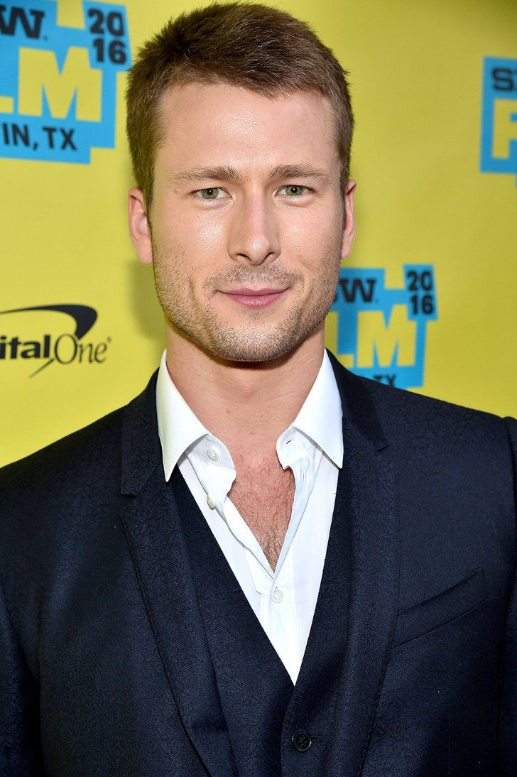 Pin for Later: Meet Every New and Returning Cast Member For the Second Season of Scream Queens Glen Powell Although details on his character's whereabouts are sparse, Powell is indeed returning as Chad Radwell.