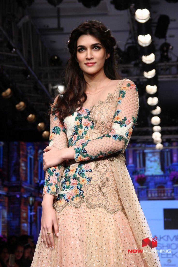 Kriti Sanon and Lauren walk for Sonakshi Raaj