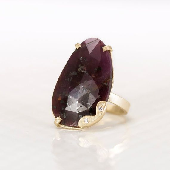Red Sapphire Ring in 14k Yellow Gold with by ScarlettJewelry