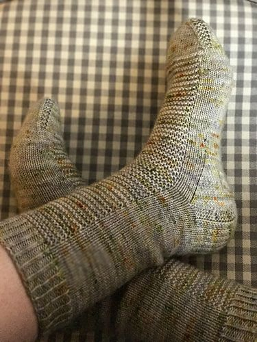 Furrow Socks are the first pattern in my River Bluffs sock series. The designs in the series are inspired by the midwestern river valley where I grew up.