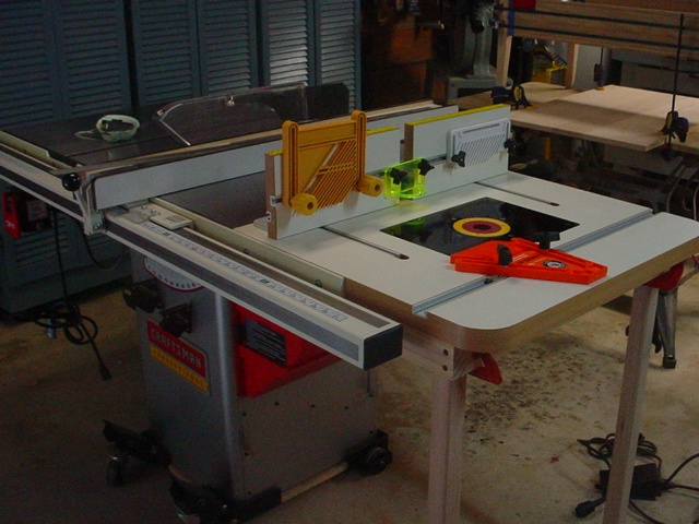 Small Woodworking October 2016