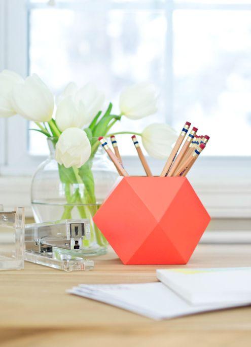 DIY geometric pencil cup http://blog.tinyprints.com/diy/diy-geometric-pencil-cups/