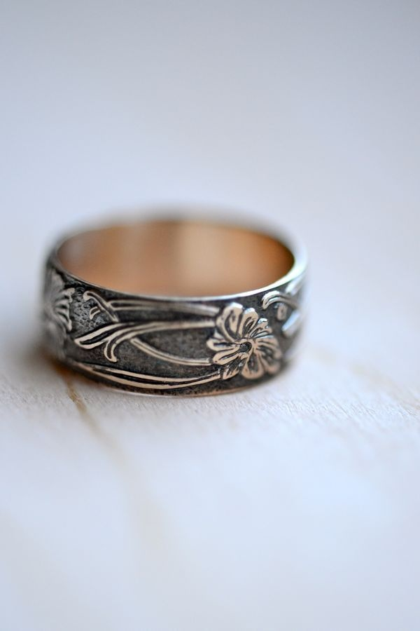 Art Nouveau Style Gold Ring -- Floral 14kt Gold Fill
