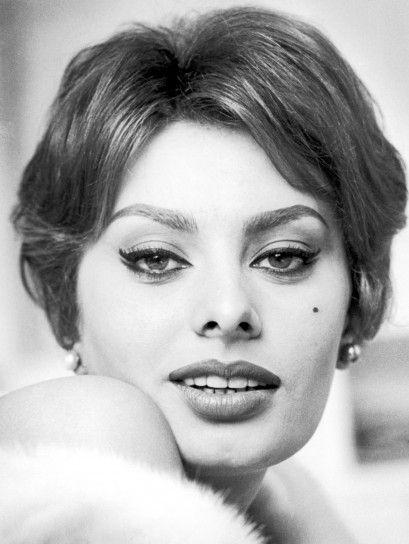 Trucco anni 60 della Loren