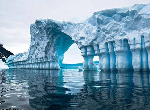 Amazing iceberg pleneau bay antarctica mixed photos for Best places to visit in antarctica