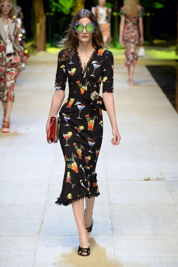 Dolce & Gabbana | Ready-to-Wear Spring 2017 | Look 83