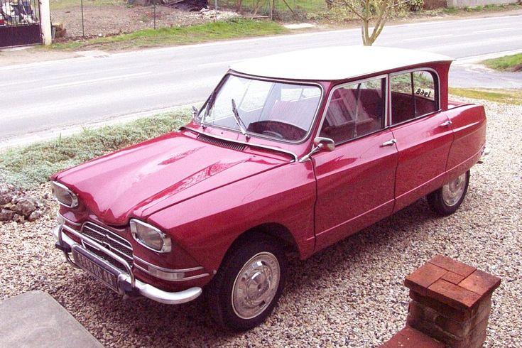 Citroën Ami 6, economy french vintage car (1968)