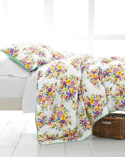 Our Summer Romance Quilt is a great way to bring fresh summer flowers into your bedroom all year long.