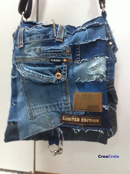 Tas Jeansfantasie: gemaakt van spijkerbroeken van je eigen familie: limited edition!     www.creacrola.nl