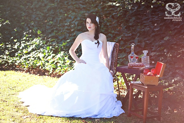 Snow White styled shoot, Sunkissed Snow White #OlivelliCT