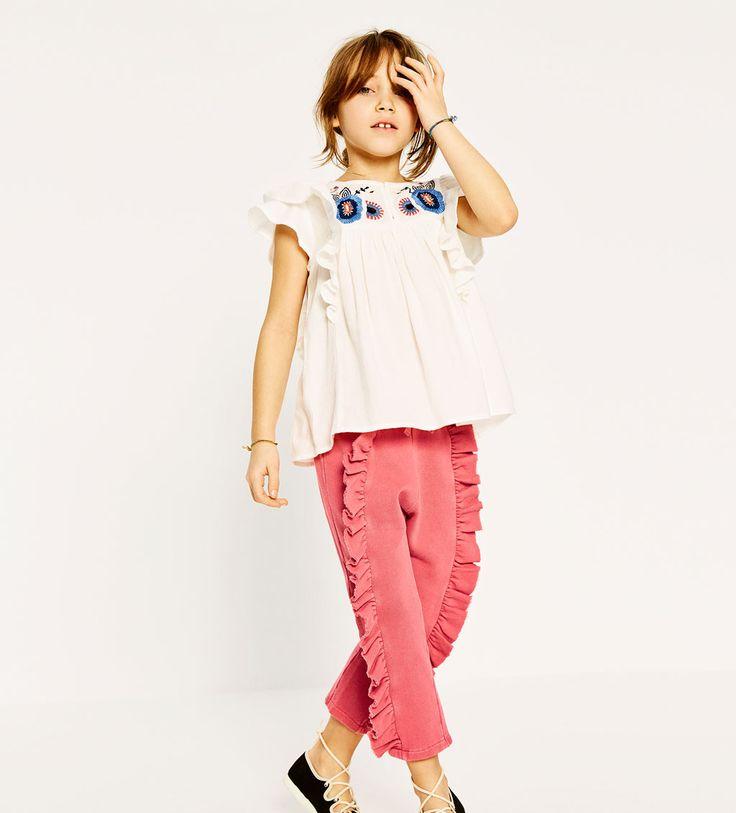 Camisa e calças folhos da Zara