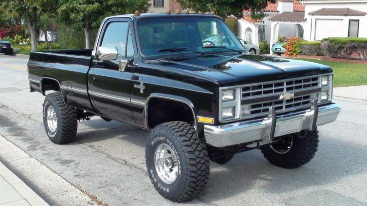 1986 Chevy Silverado 1 ton 4x4