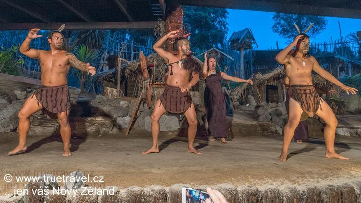 Maorský tanec Haka, Rotorua, Nový Zéland #NewZealand #cestovani #travel