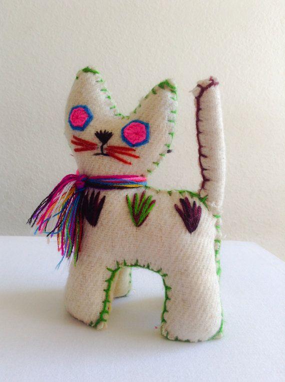 Tzotzil Folk Wool Animal Cat on Etsy, $15.00