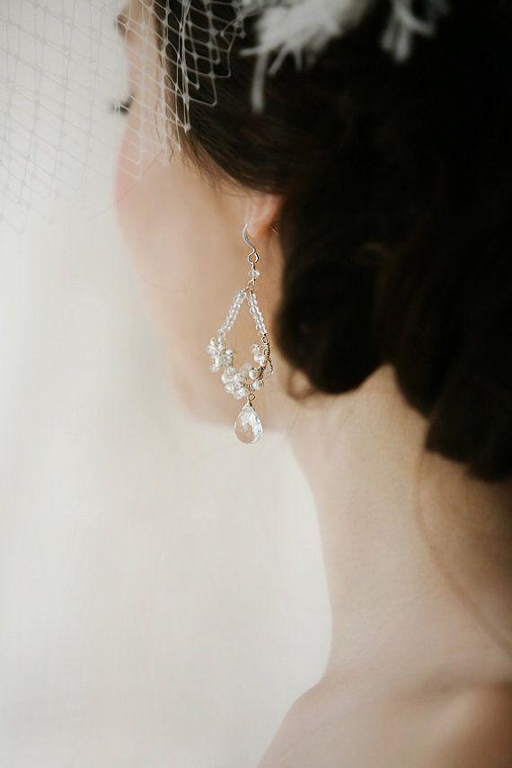 パールのピアス Bridal Dangling Freshwater Pearl Earrings by VirginiaGeigerJewels, $55.00